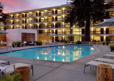Hotel Paradox – Santa Cruz